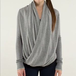Lululemon Iconic Wrap